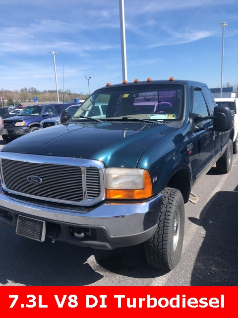Pre-Owned 1999 Ford F-250SD Lariat